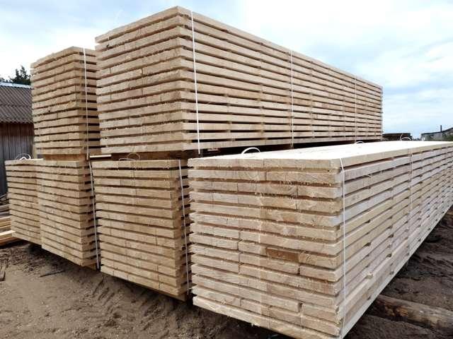 Sandėliuojama statybinė mediena